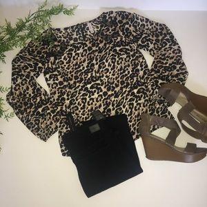 🔥Xhilaration Leopard Print Top